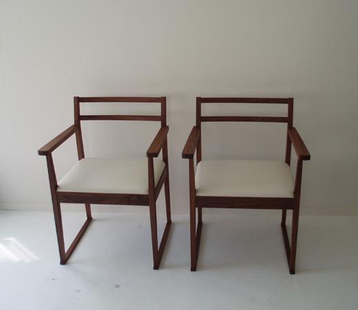 の テーブル と 椅子 テーブル ...
